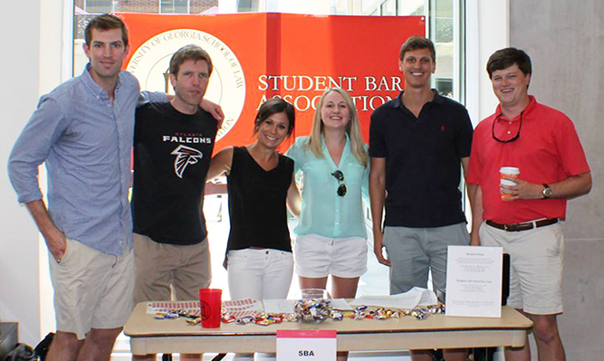 SBA members at student organizations fair fall 2014