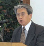 photo of Mr. Fung presenting
